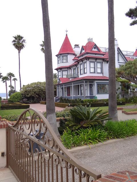 Mansion - Coronado - San Diego, CA - USA by Adam Jones, Ph.D., via Flickr