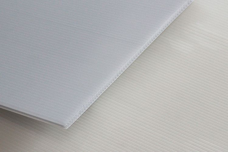 Pp Hollow Corrugated Sheet Pp Hollow Sheet Die Pp Plastic Raw Material For Hollow Plastic Sheet Plastic Raw Material Corrugated Plastic Plastic Sheets