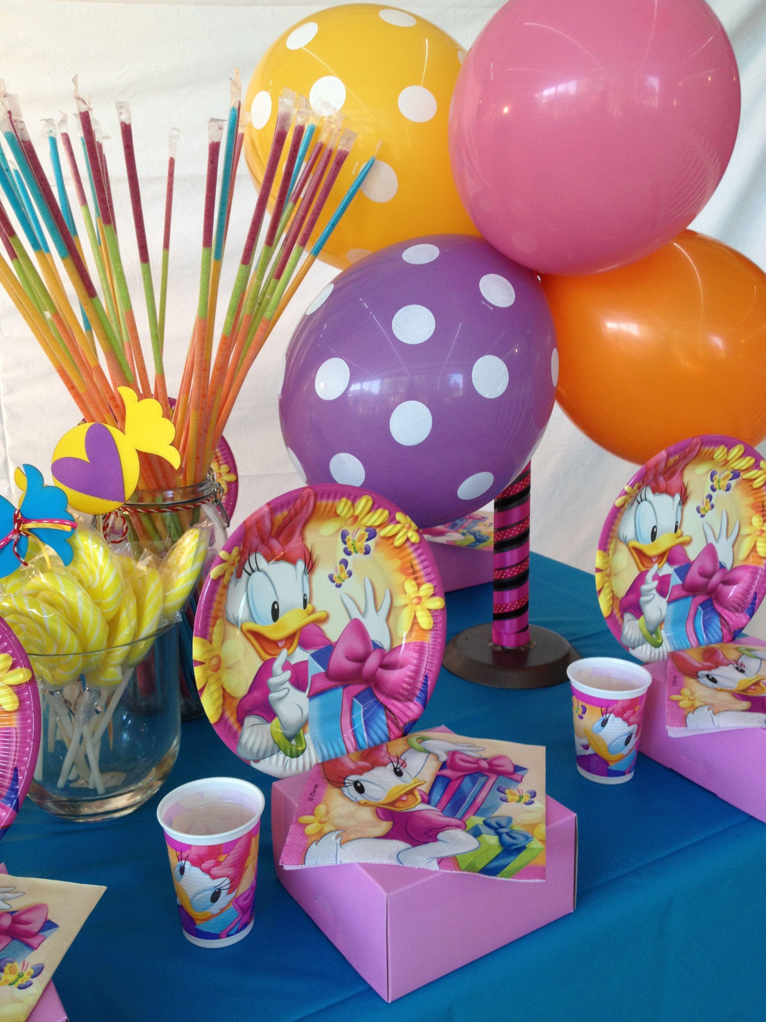 Daisy Duck Kids party decor Bugzplaypark Cape Town Birthday