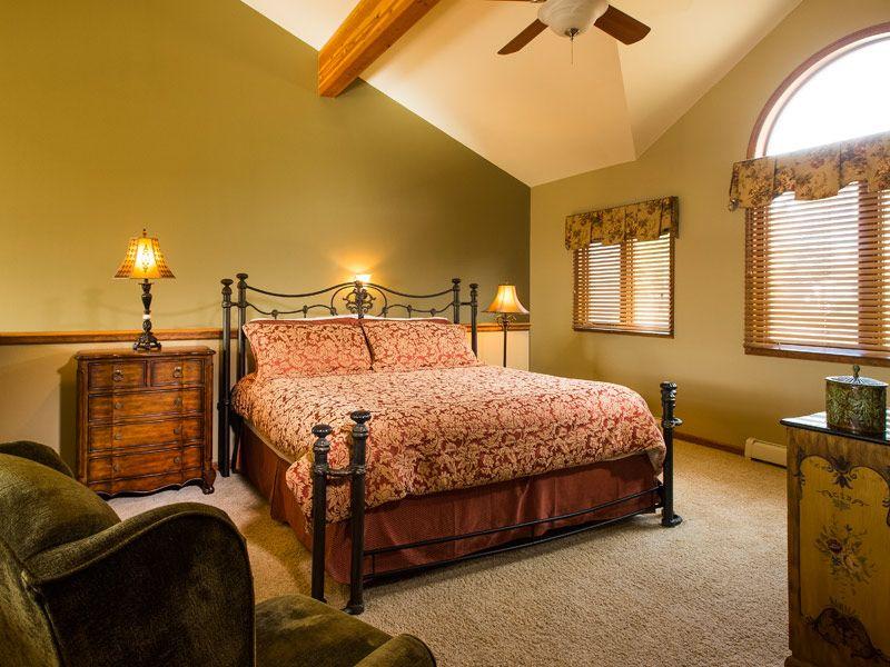 Amazing Bedroom Interior Decoration, Contemporary Wooden Wardrobe, Lamp  Light, Window, Ceiling Light