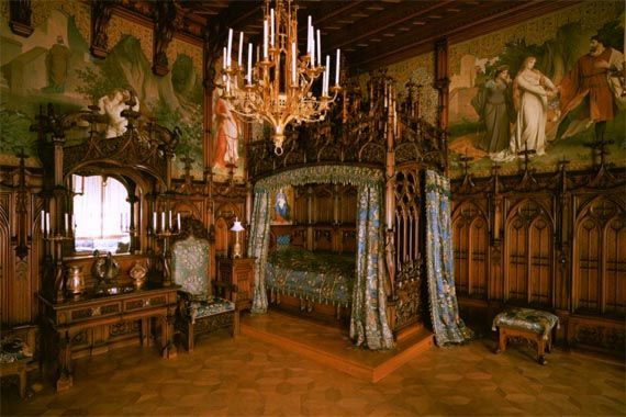 Great Gothic Velevet Red Walls | Victorian Gothic Bedroom Ideas Gothic Bedroom  Decor And 5 Best Sample .