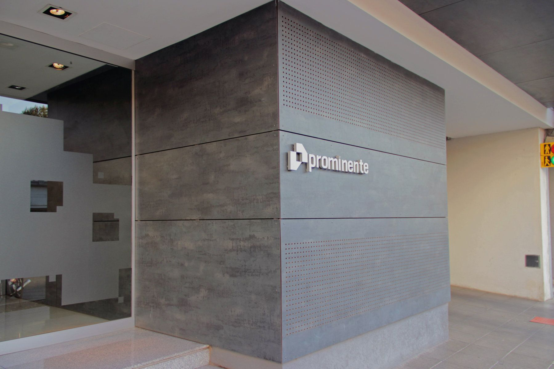 Material de fachada platten exterior parasoles - Material para fachadas ...