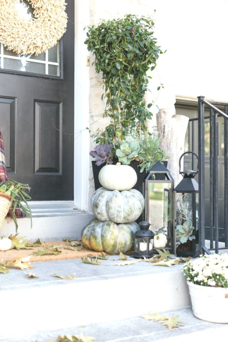 Fall Front Porch | Craftberry Bush #fallfrontporchdecor
