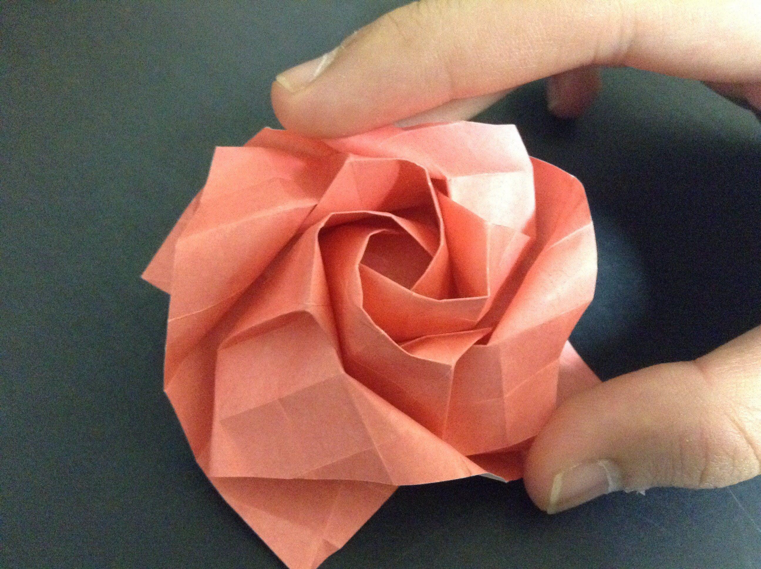 [折り紙origami]薔薇 折り方. rose | Origami stars, wreaths, flowers ... - photo#46