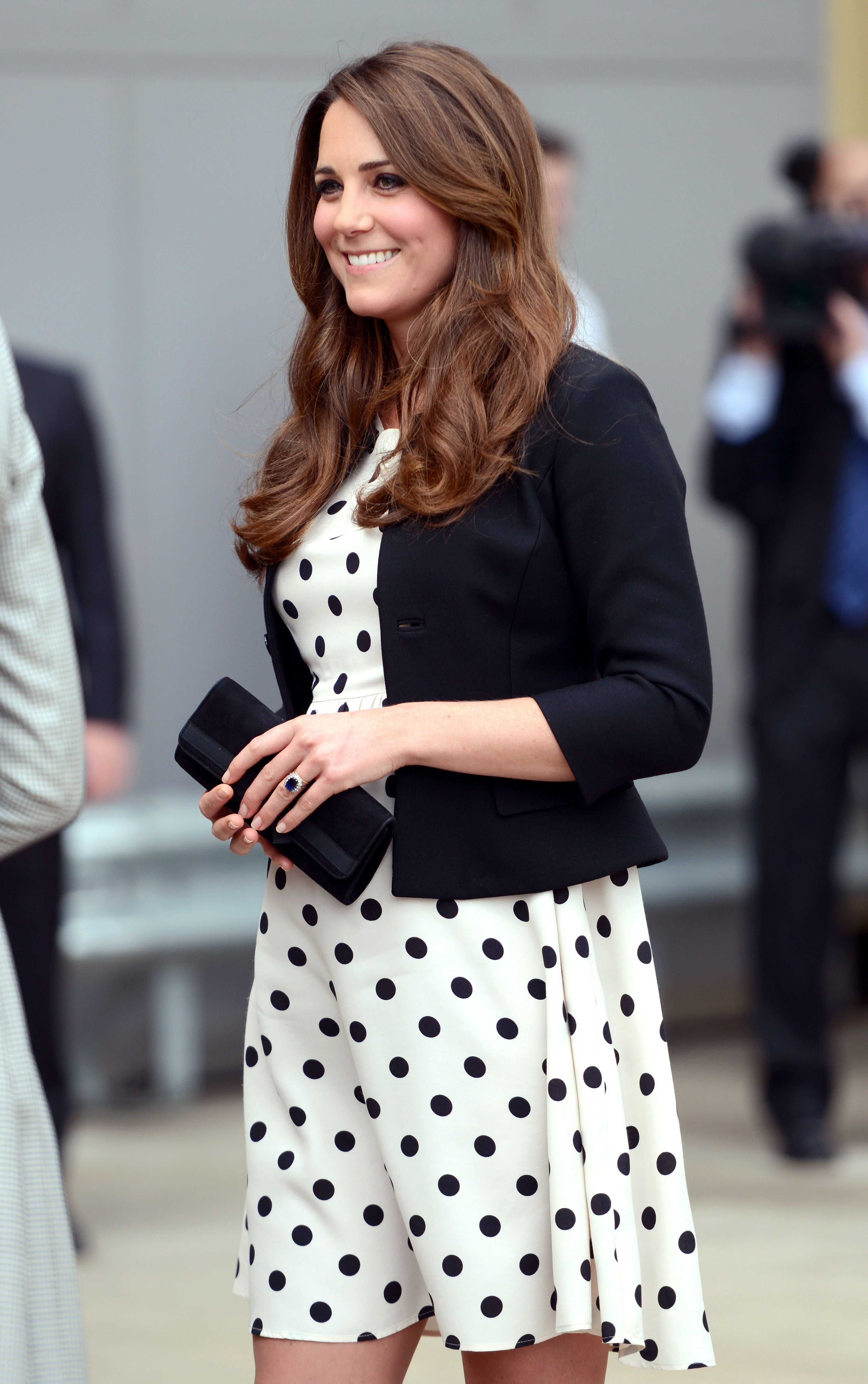 See 15 times kate middleton stunned in patterned outfits kate see 15 times kate middleton stunned in patterned outfits ombrellifo Gallery