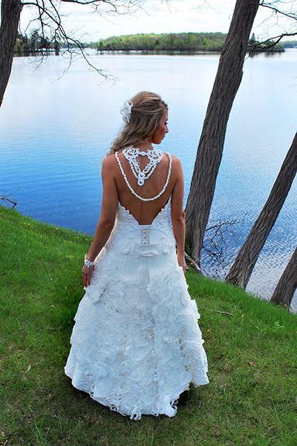 Psst! These 9 gorgeous wedding dresses have a secret