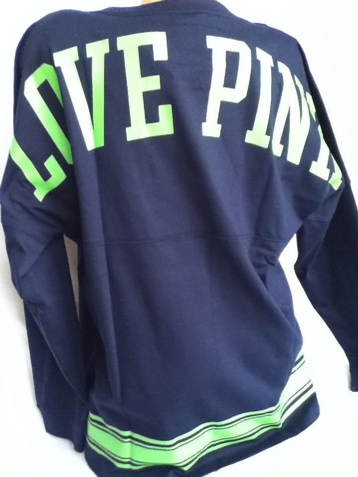 Victoria s Secret Love Pink NFL Seattle Seahawks Varsity Crew Pullover  Medium  4fb7c7364