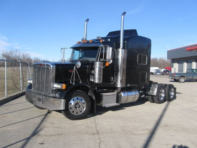 Peterbilt 379 Trucks Http Www Nexttruckonline Com Trucks For