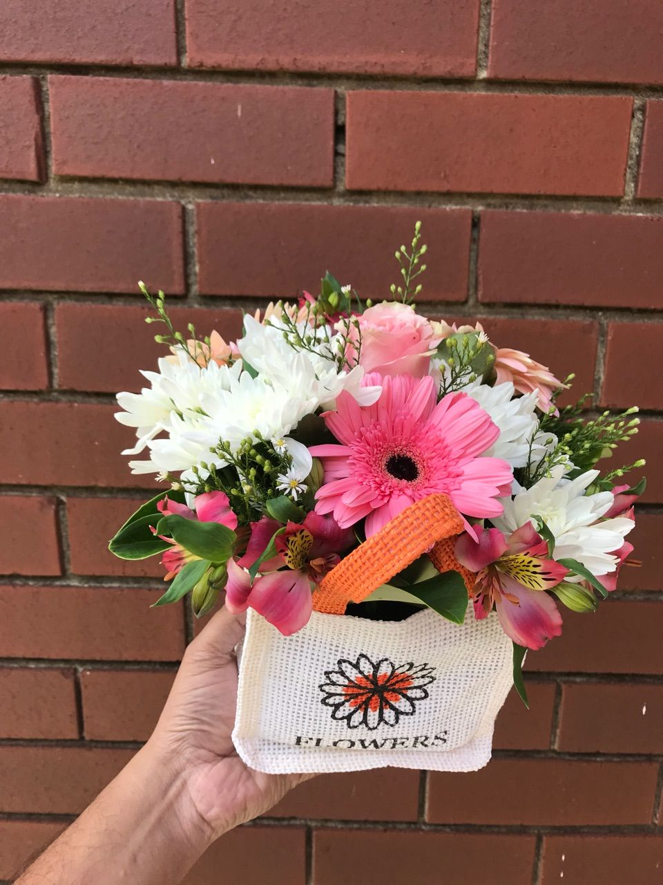 Melbourne Fresh Flowers is best Online Florist in Cabrini