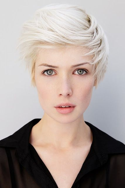 I wish I could rock white blonde hair...and this haircut for that matter || And her eyes are amazing.