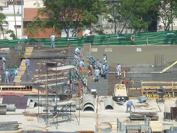 Los trabajadores de la construcción recibirán un aumento del 24%