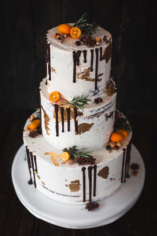 Winterhochzeit Mit Dripcake Als Hochzeitstorte Hochzeitstorte Dessert Ideen Winterhochzeit