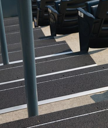 Best By Roppe Flooring Metal Stair Treads Constructed From 400 x 300
