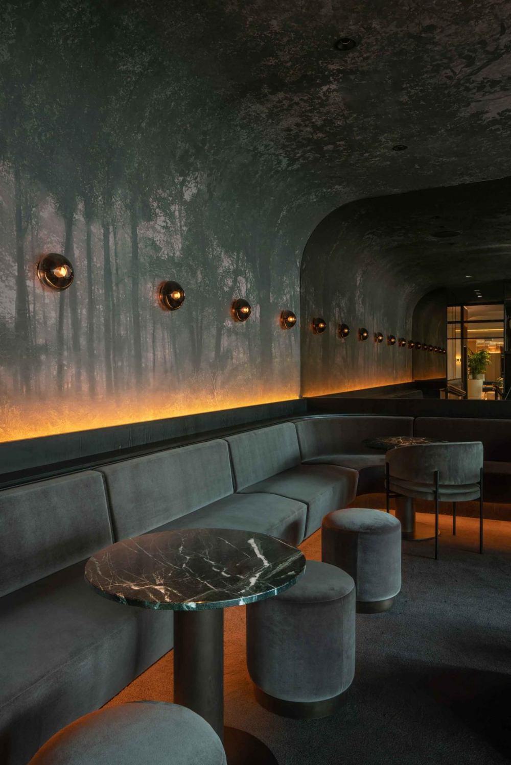 Four Seasons Hotel — Montreal, Canada (With images