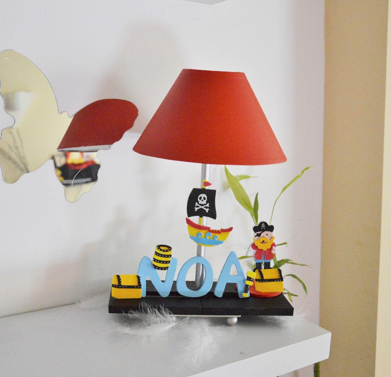 Lampe De Chevet Rouge Pour Enfant Personnalisable Theme Pirates