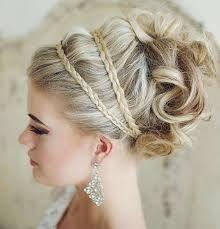 Kuvahaun tulos haulle bride hairstyle 2015