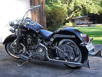 Ebay 2006 Harley Davidson Softail 2006 Softail Deluxe Solid Black Beach Bars Completely Hooked Up Harleydavidson Us Softail Deluxe Softail Harley Davidson