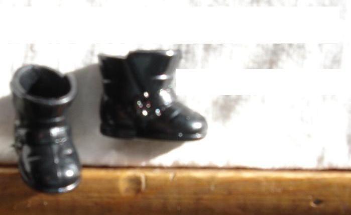 BARBIE DOLL BLACK SNOW BOOTS