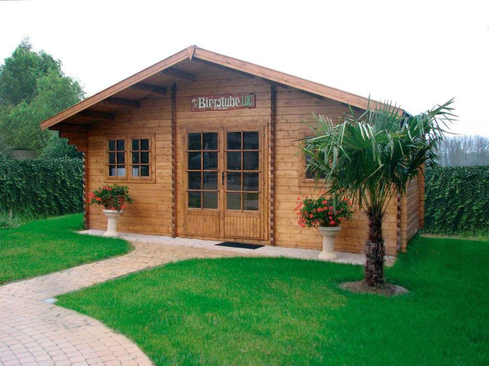 Fitzwilliam Classic apex roof log cabin Cabin, Log cabin