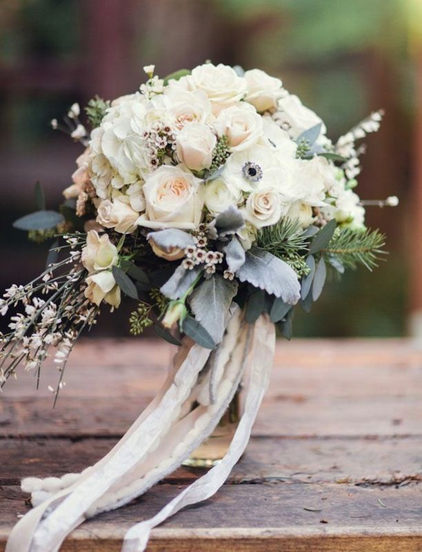 Add A Little Romance To Your Wedding Bouquet With This Simple Idea (because im addicted)