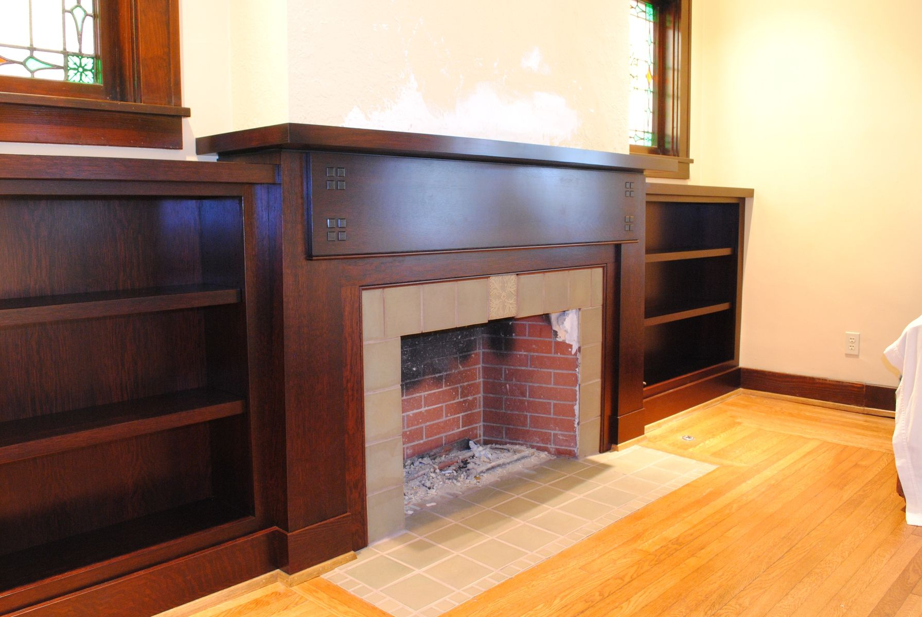 photos fireside bookcase surrounds | Custom Qt. Sawn White Oak Fireplace Surround & Bookcases by Cinski ...