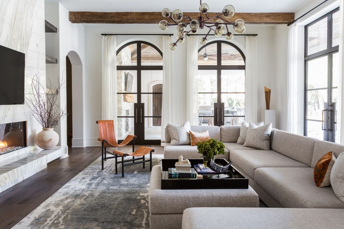 Marie Flanigan Interiors Have You Seen Us Lately Dpages Modern Mediterranean Homes Interior Design Mediterranean Home Interior Modern Mediterranean Homes