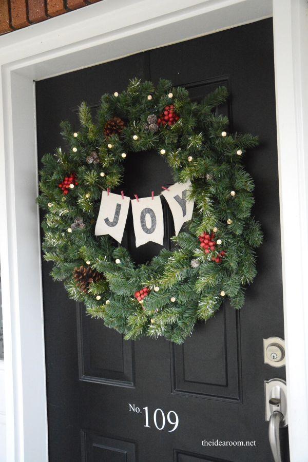 JOYful Christmas wreath tutorial from The Idea Room.