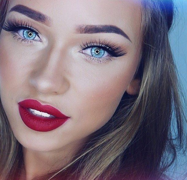 Makeup For Blue Eyes And Red Lips
