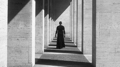 "Carrie Mae Weems ""Roaming"" 2006"