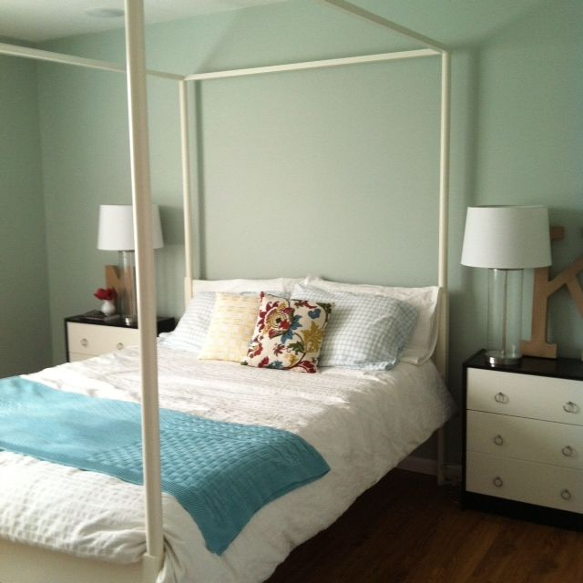 My Master Bedroom Paint Color Is Valspar 39 Carolina Inn Club Aqua 39 Edlund Bed And White Duvet