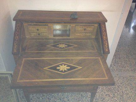 scrivania apribile - Mobili da Soggiorno - Annunci Gratuiti Mobili ...