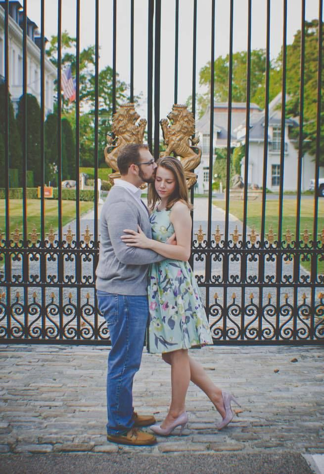 Julianna and Tyler's Engagement Pictures - Not 1 but 4 Newport locations!