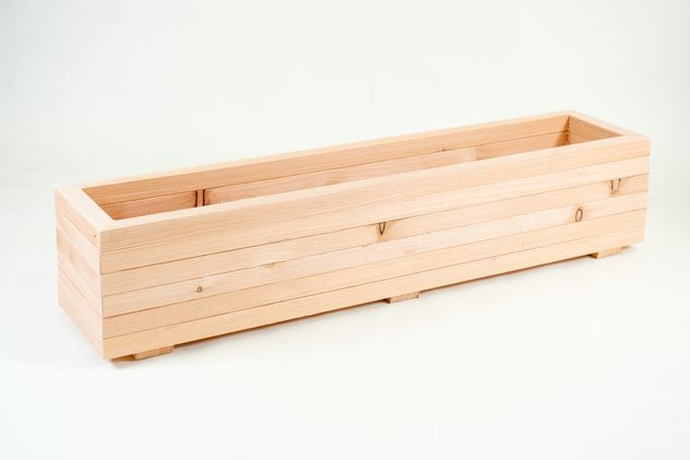 1 4M Larch Timber Extra Large Trough Planter 640 x 480