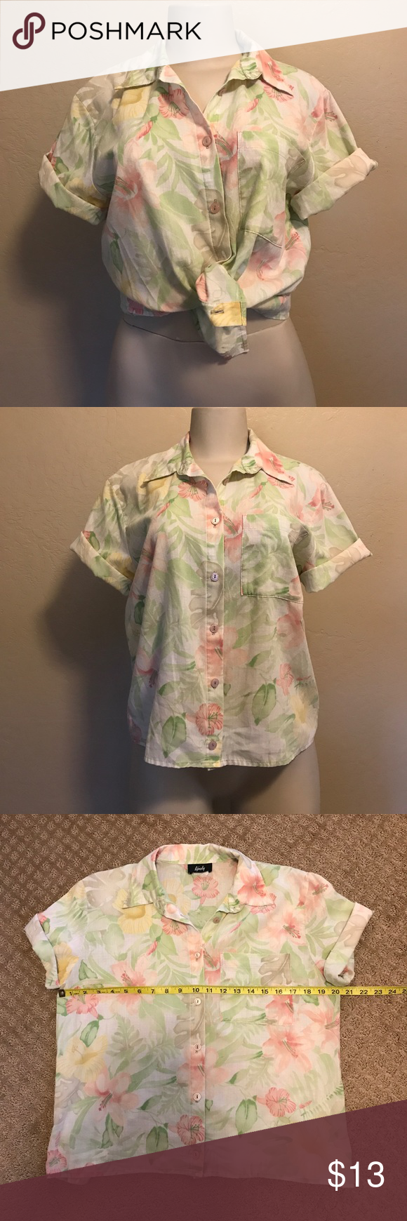90s Vintage Tourist Mom Shirt Gently worn no flaws. Vintage Tops