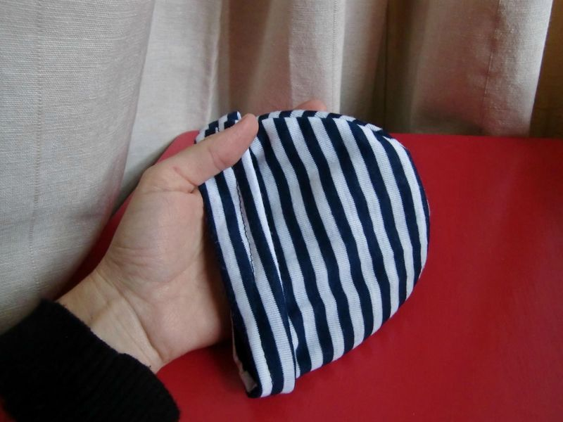 Bonnet de naissance avec patron et tuto lililila 39 s crafty blog bonnet naissance bonnet et - Patron couture bebe naissance ...