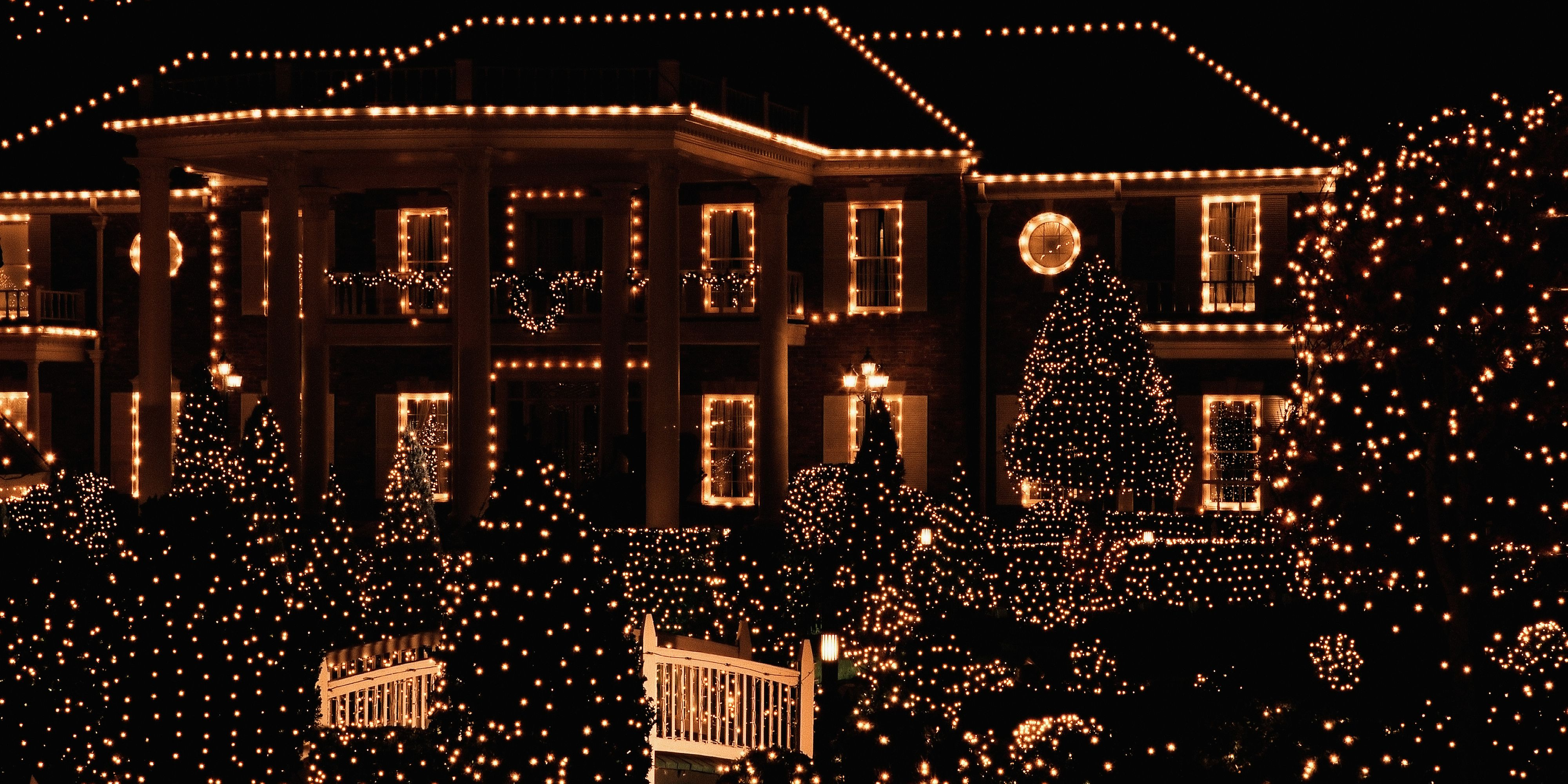 15 Christmas Light Ideas That Will Top Your Neighbor S House Outdoor Christmas Christmas House Lights Christmas Light Displays
