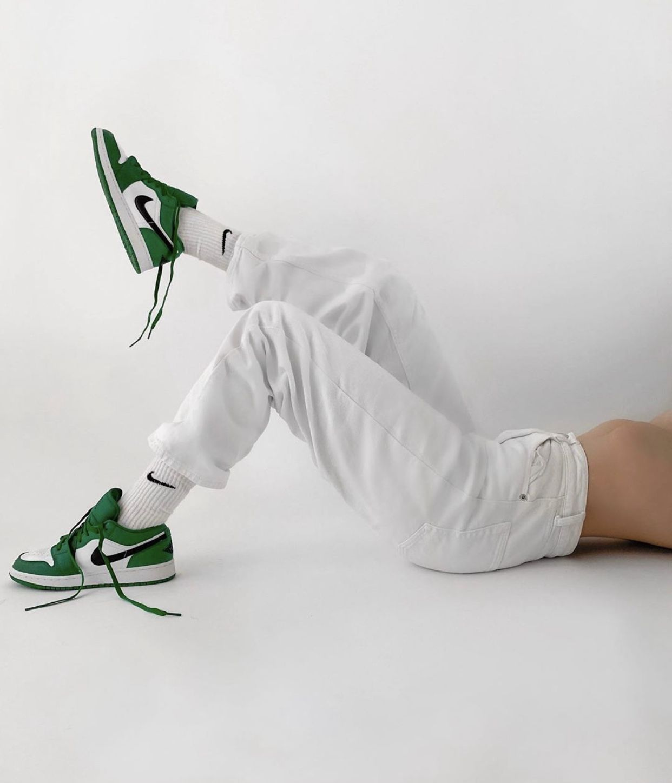 Air Jordan 1 Low Pine Green | Jordanie, Photo de mode, Sneakers