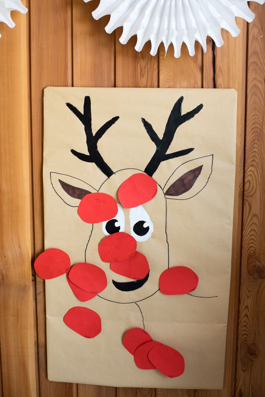 Pin the nose on the reindeer Preschool christmas