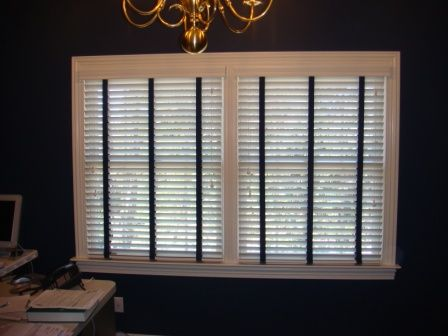 White Wood Blinds With Navy Blue Fabric Tape For Nautical Themed Home Office