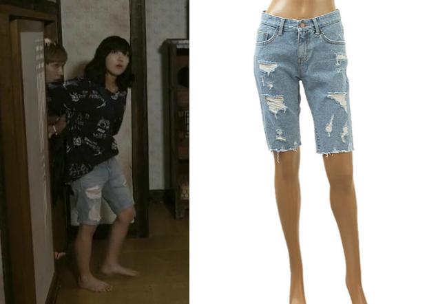 "Jung Eun-Ji 정은지 in ""Trot Lovers"" Episode 7.  List Denim Shorts #Kdrama #TrotLovers 트로트의연인 #JungEunJi"