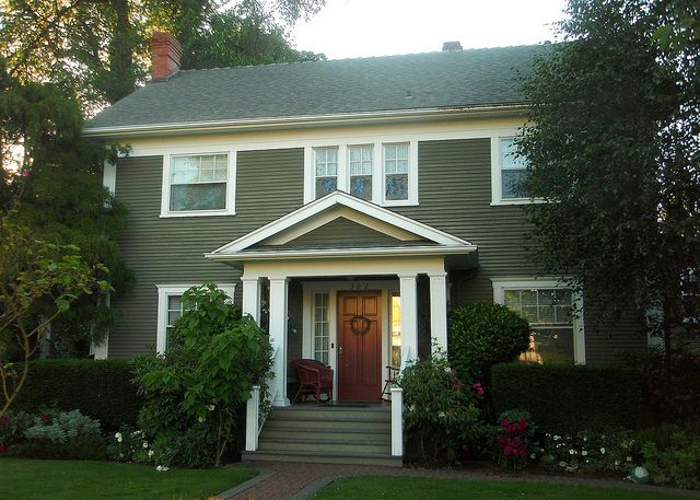 Olive Green Colonial Revival House Silverton OR