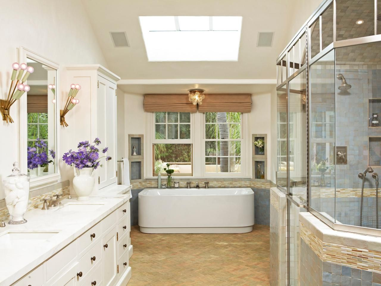 Bathroom Pictures: 99 Stylish Design Ideas You\'ll Love | Radiant ...