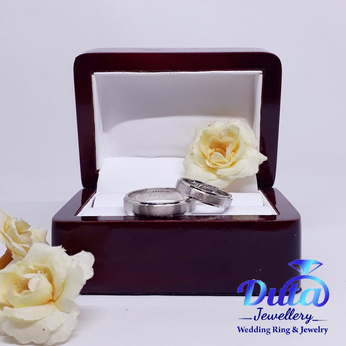 Home Palladium Platinum Jewelry