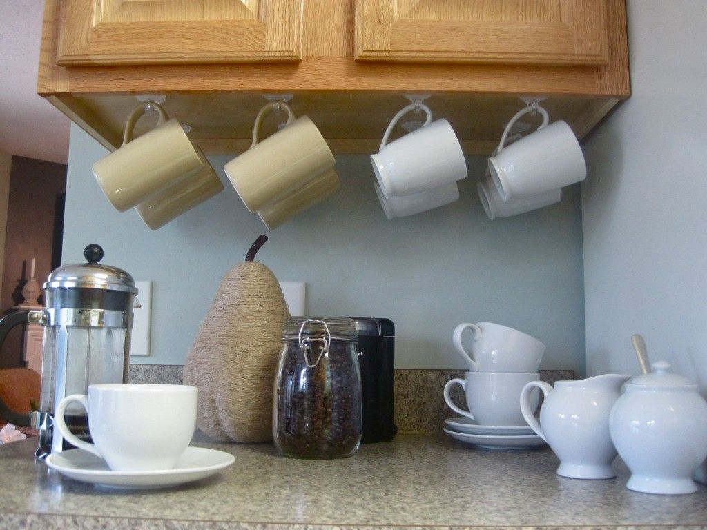 Hanging Coffee Mugs Easily Accesible And Off The Counter