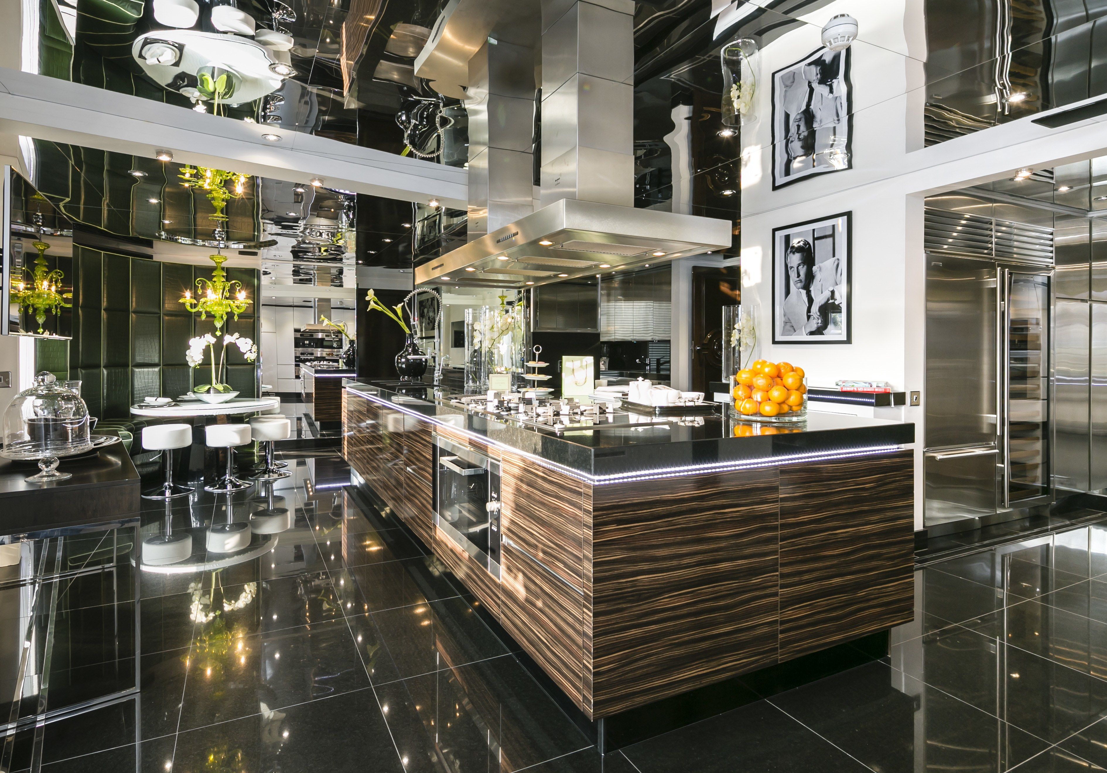 Rihanna Lived in This $52 Million London Penthouse