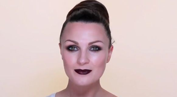 Pixiwoo's 'Dark Eyes & Lips Makeup' | Into The Gloss