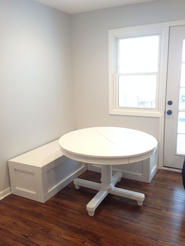 Diy Corner Bench For A Breakfast Nook With Images Farmhouse Kitchen Tables Kitchen Corner Bench Dining Nook