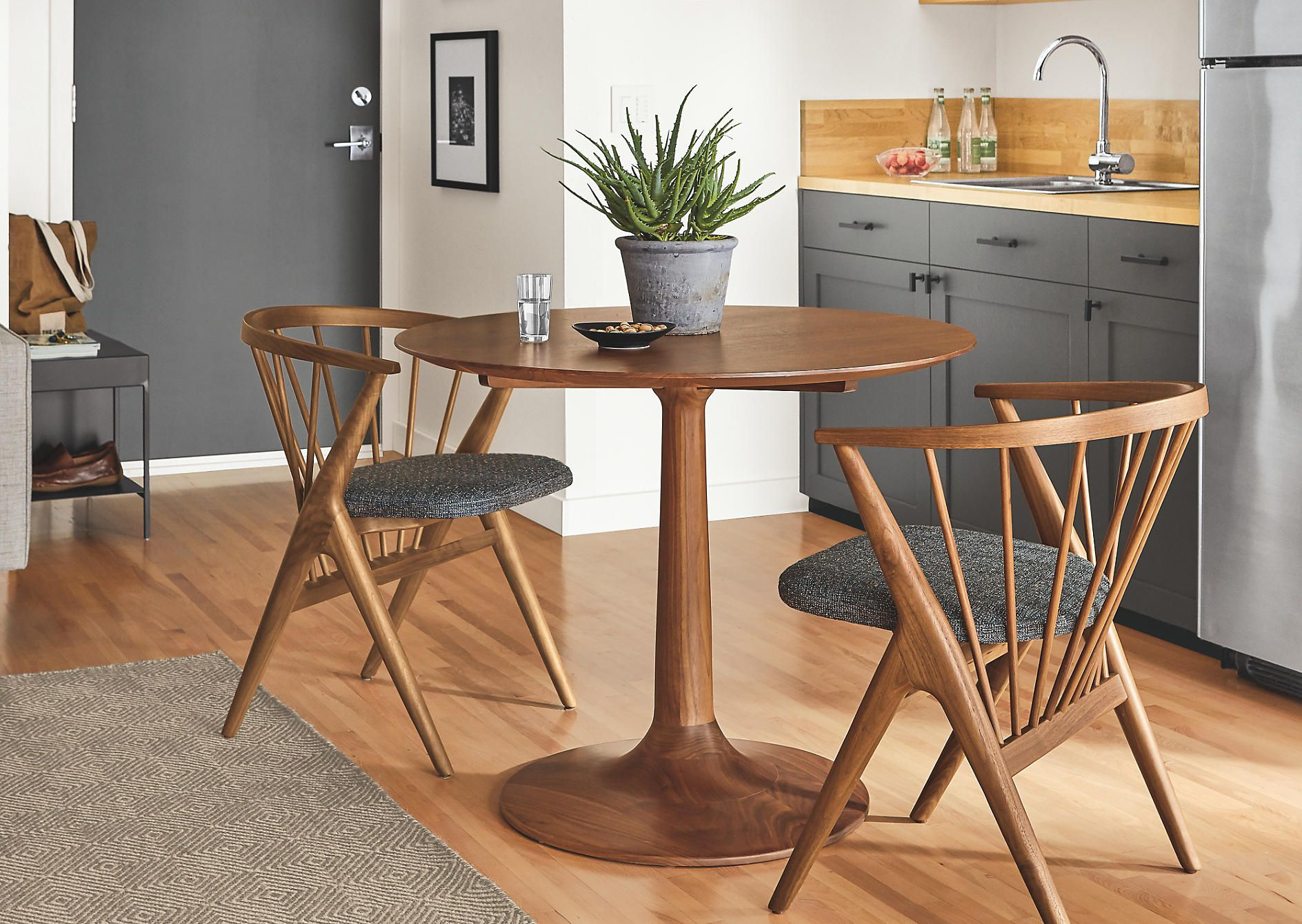 16++ Dining table for small spaces modern Trend