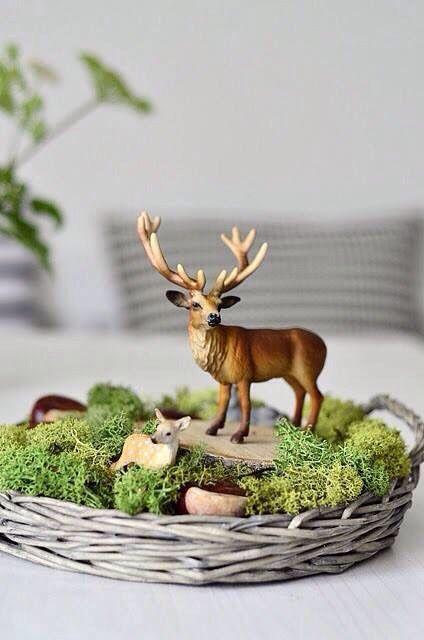 Süße Dekoidee für den Herbst | Dekoschale mit Moos und Hirsch | Deko im Herbst basteln #rustikaleweihnachtentischdeko