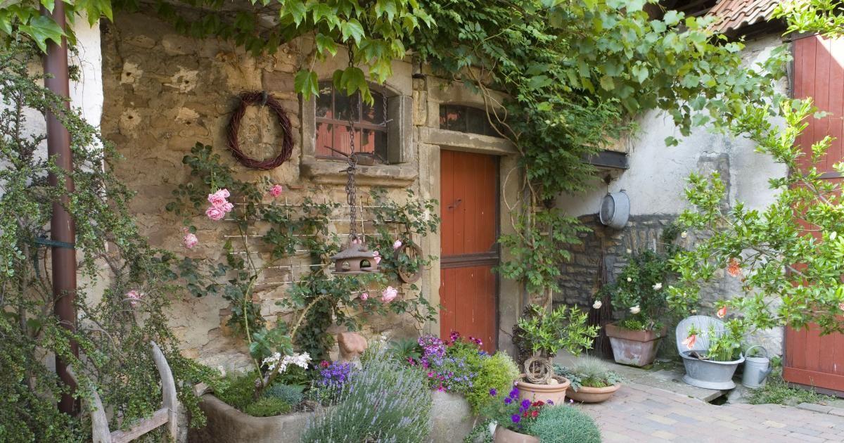 pflanztr ge aus steinguss selbst gebaut pinterest. Black Bedroom Furniture Sets. Home Design Ideas